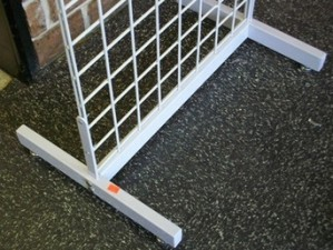 White Metal H Gridwall Base 2
