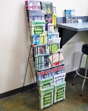 Black Wire 20 Pocket Literature Display 4' 3