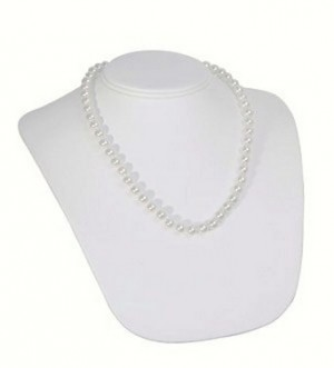 Necklace Bust Faux Leather White