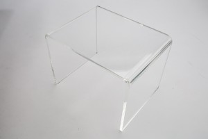 "Acrylic Medium Riser  8"" W x 6"" D x 6"" H"